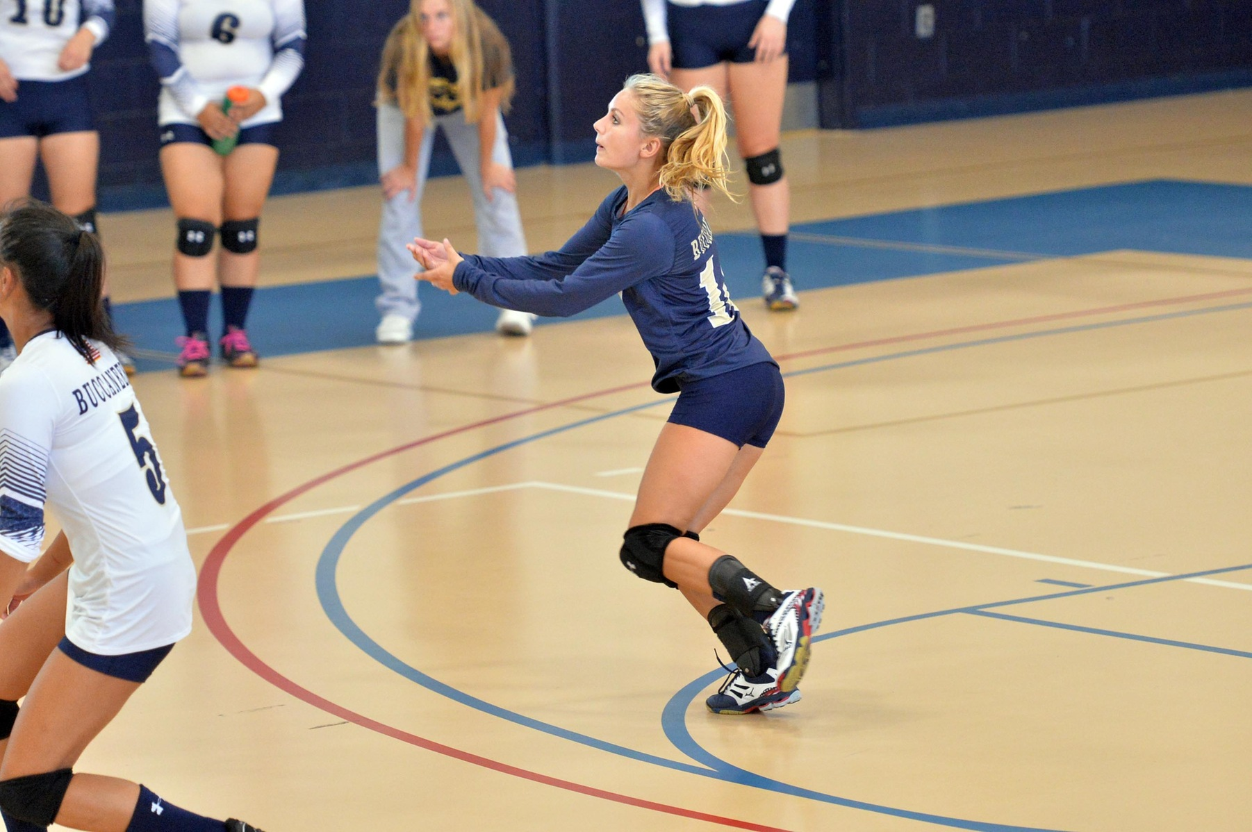 Volleyball Splits Season Opening Tri-Match with Anna Maria and Becker