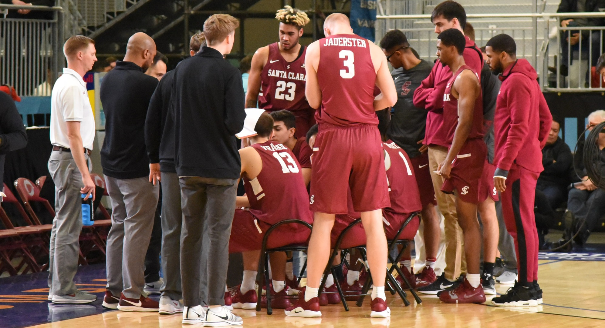 Men's Basketball Drops Opener at the Vancouver Showcase