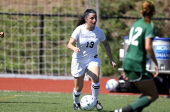 Vallone named UAA Women's Soccer Offensive Player of the Week