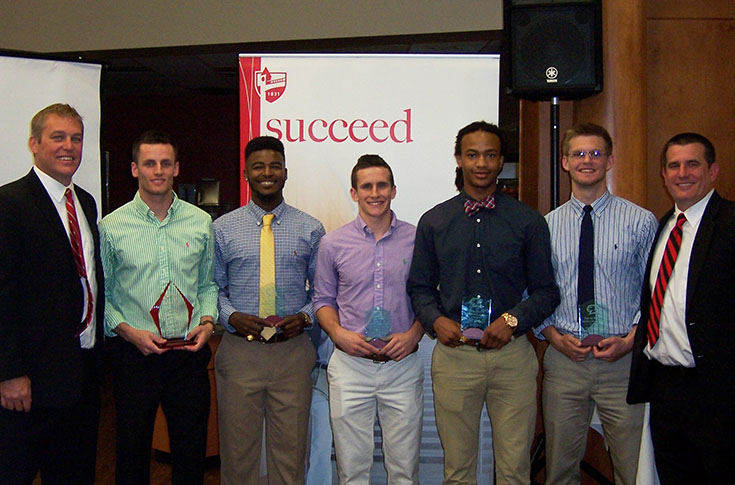 Men's Basketball: Individual team awards for 2015-16 season handed out at annual banquet