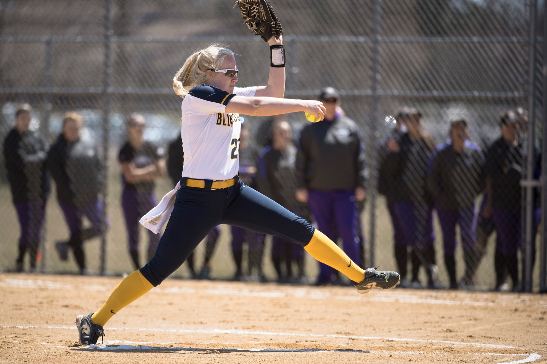 Softball Drops Two to UW-Whitewater