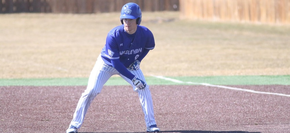 Bulldogs down DWU in doubleheader