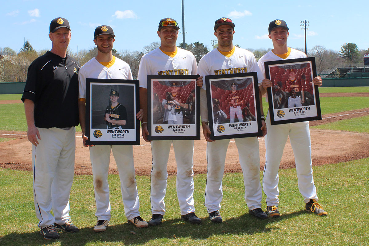 Weninger's Walk-Off Salvages Senior Day Split for Baseball