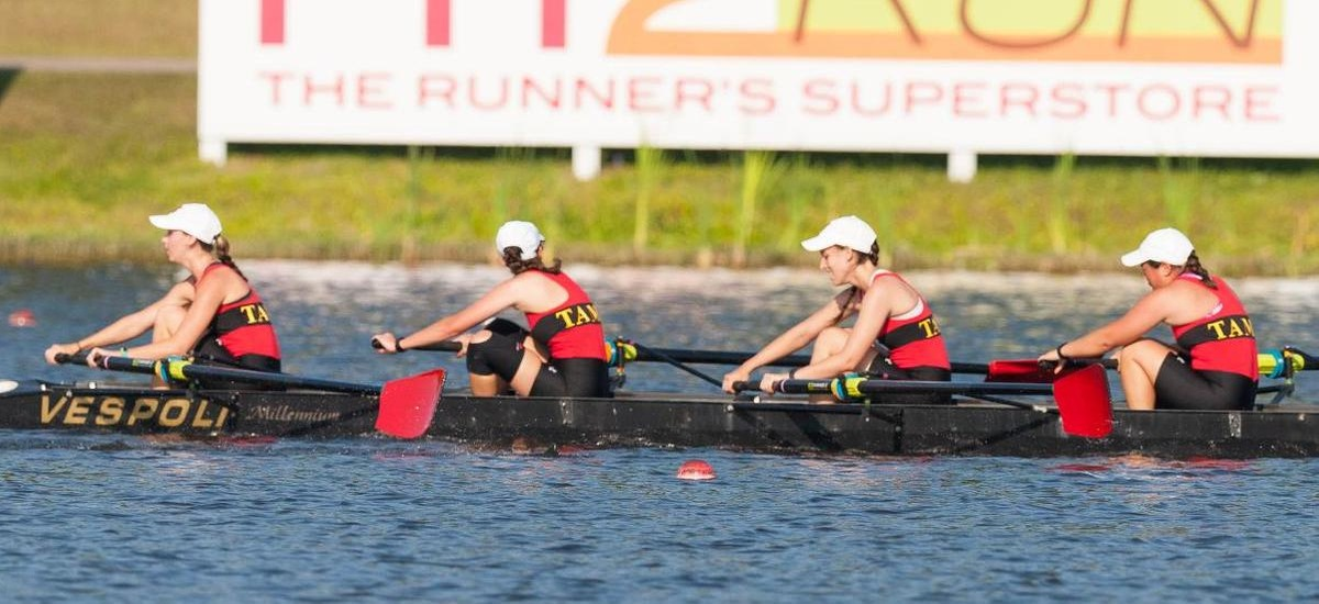 Rowing Among Teams at SIRA Championships