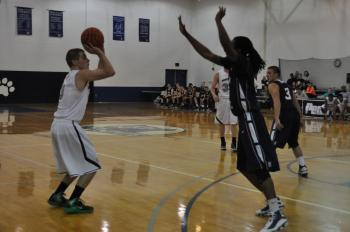 Schuylkill shocks York on late three, 77-76