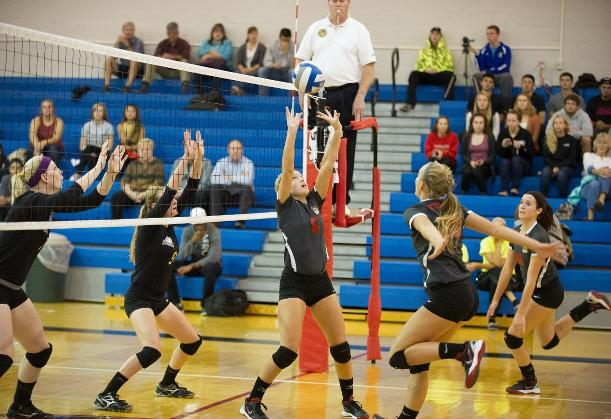 Volleyball Swept Saturday In Host Tri-Match
