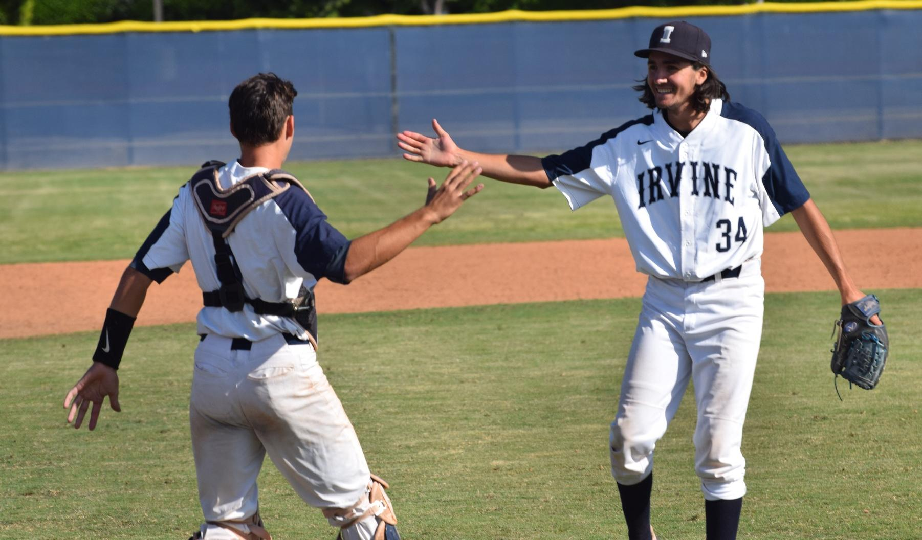 Baseball team comes through with big-time win over Riverside