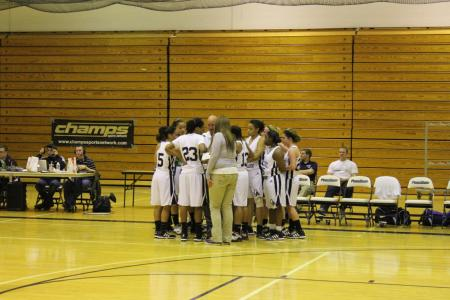 Women's Basketball Picks Up First PSUAC Victory On 1-1 Trip