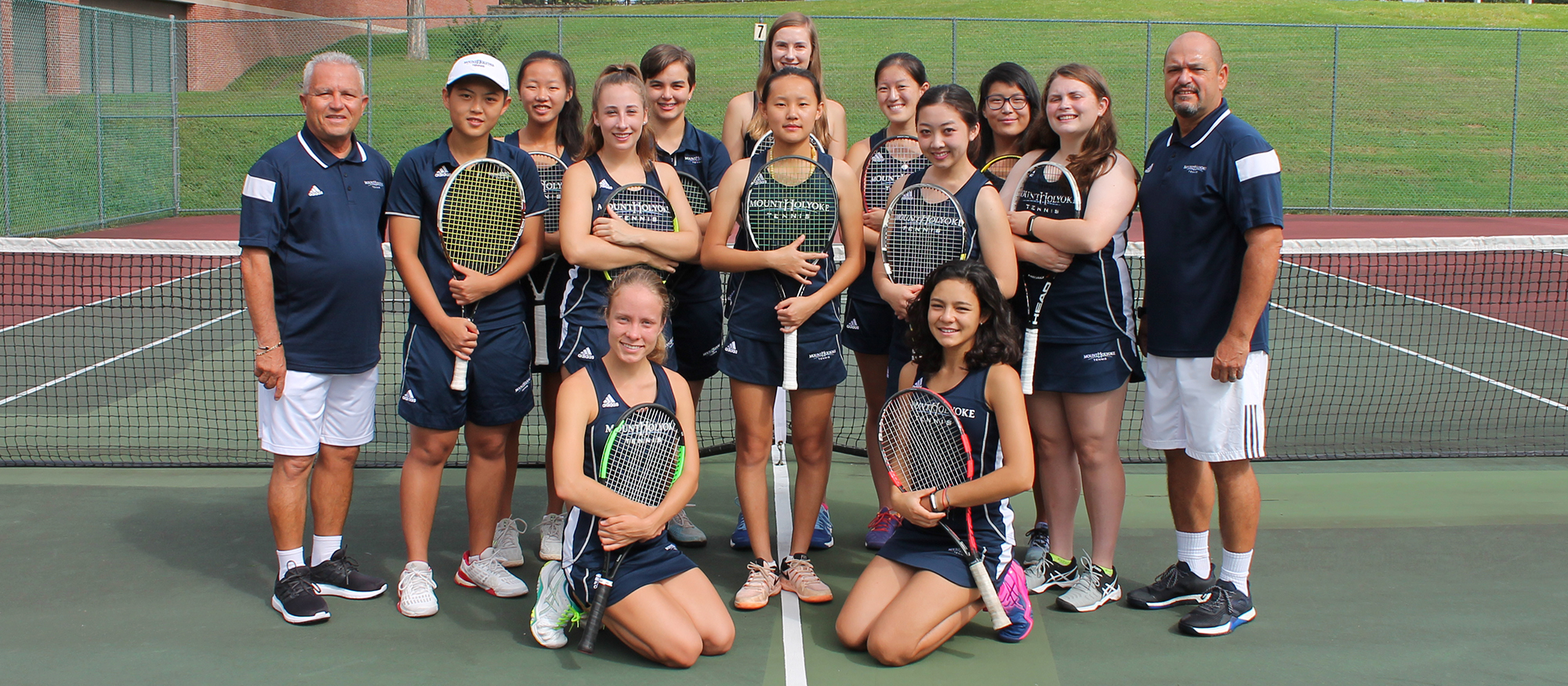 Photo of the 2018-19 Lyons Tennis Team.