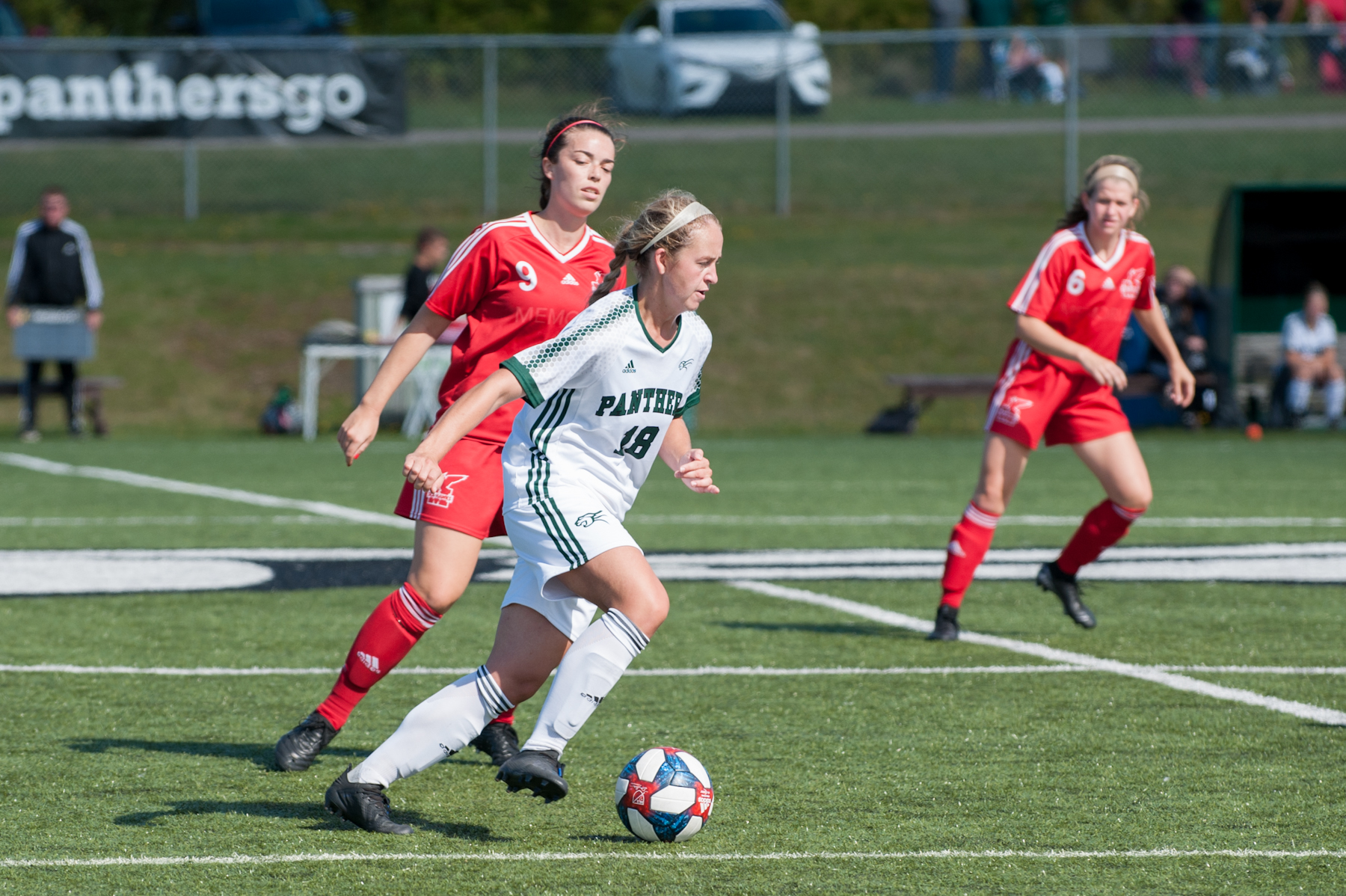 Sea-Hawks' offence soars again in 3-1 win over UPEI