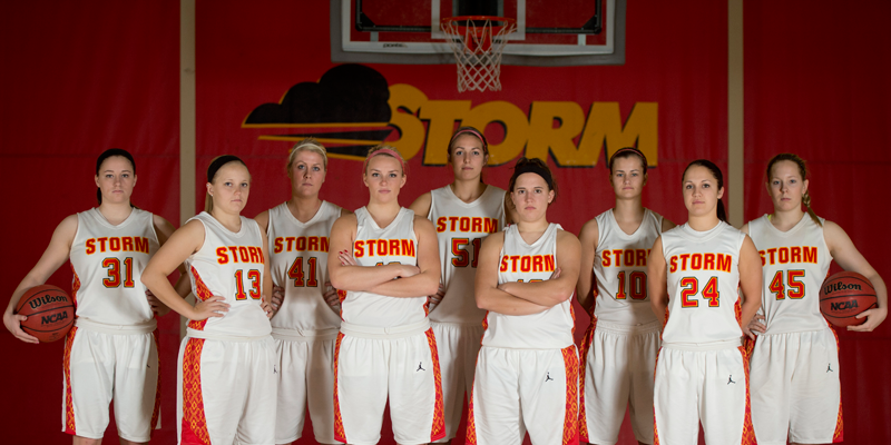 Women's basketball begins 2013-14 season Monday