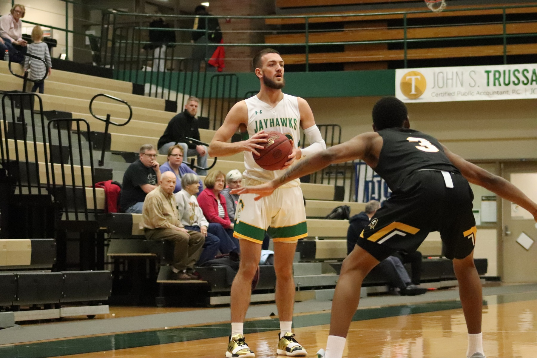 Jayhawks bested by No. 9 ECC on the road