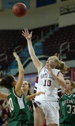 Cozad Scores 27 in Loss at USF