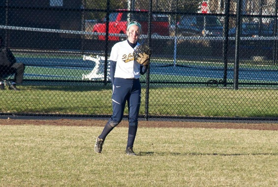 Softball Tops Cornell College, Falls to Ramapo on Saturday