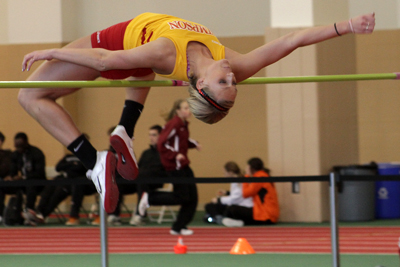 Simpson track & field competes at last chance meet