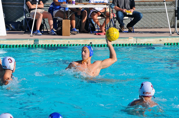 UCSB Opens Season with Pair of Wins