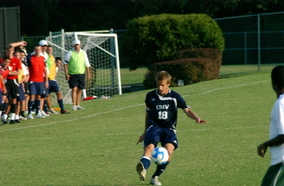 UMW Men's Soccer Falls at York in CAC Semifinals, 4-1