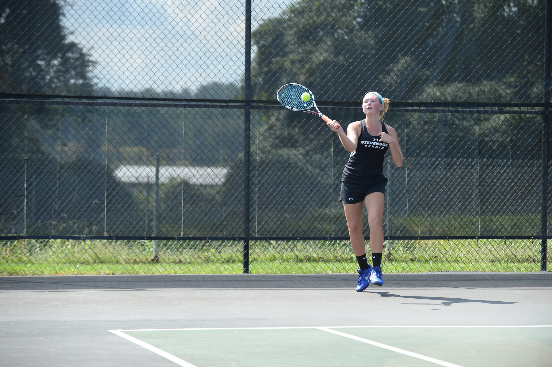 Women's Tennis Downs Hood 7-2