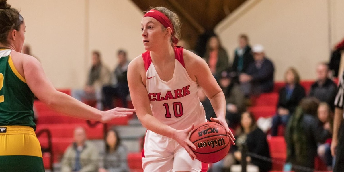 Women's Basketball Runs to NEWMAC Victory Over Wellesley, 68-45