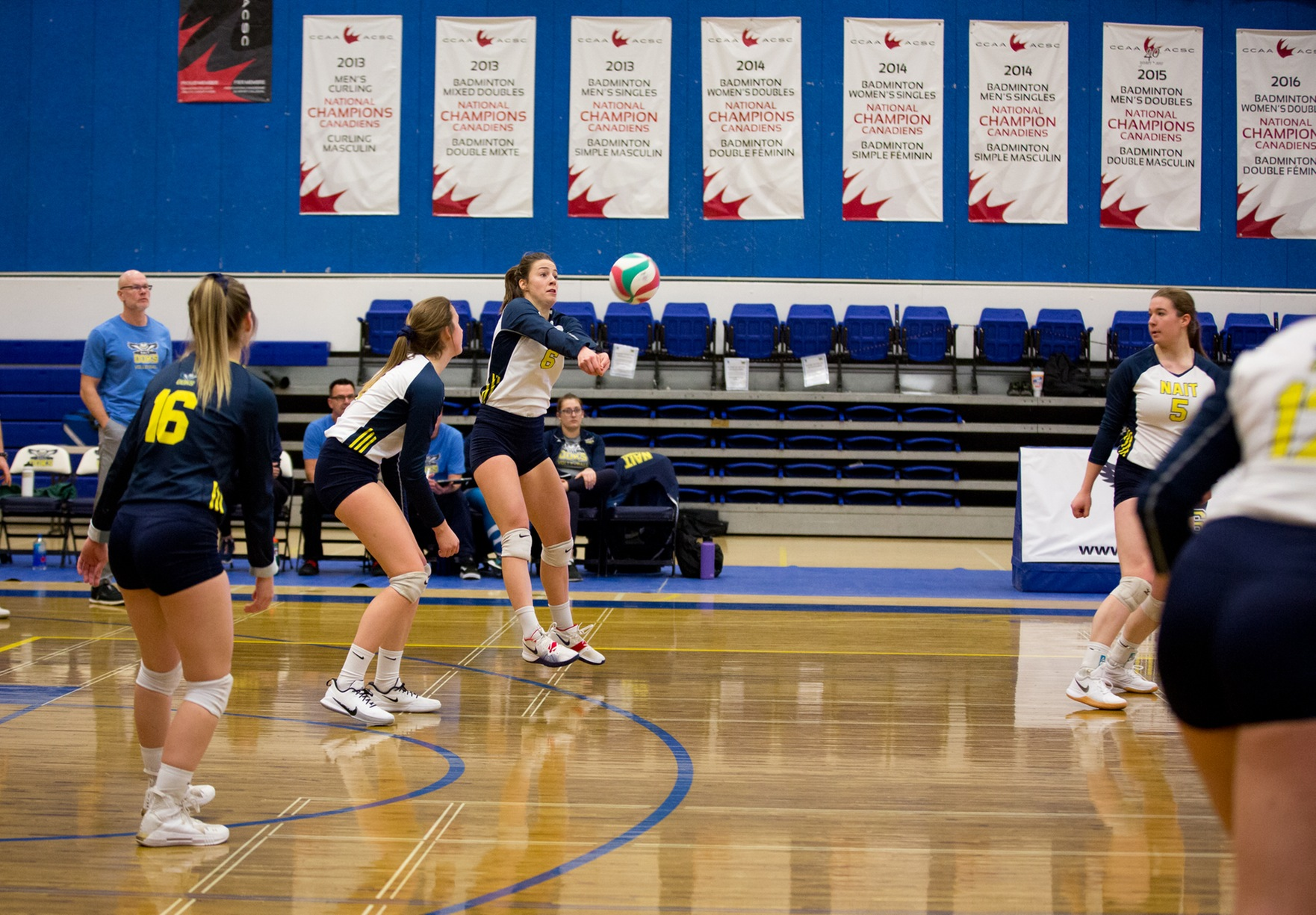 Ooks fall to Eagles in straight sets