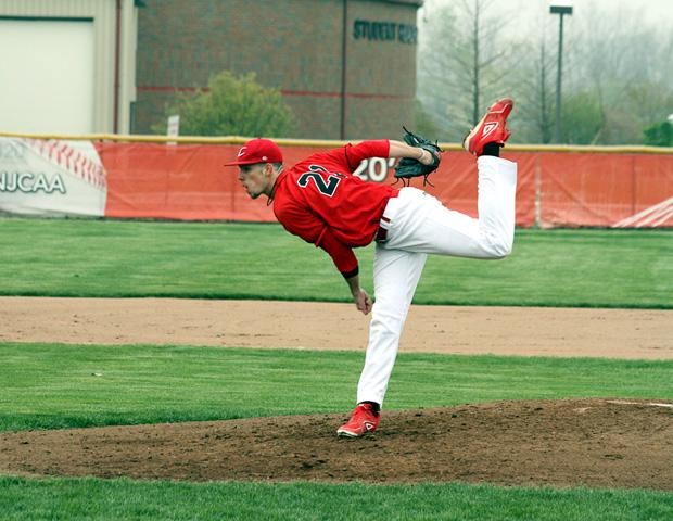 Chris Ward delivers a pitch against Lakeland. He struck out 14 in a complete game 8-2 win for the Express. Photo courtesy of Cherie Guthrie/Owens Sports Information