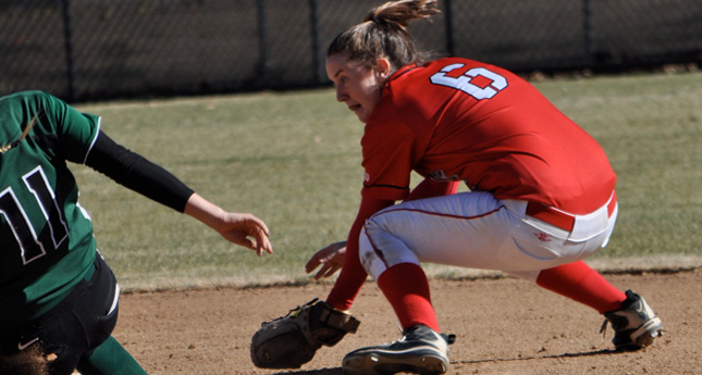 Hornet Softball Drops Two at Emory