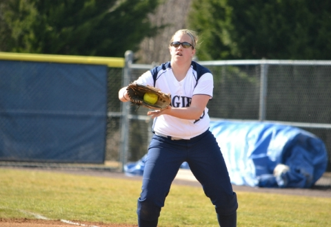 UMW Softball Sweeps York in CAC Twinbill