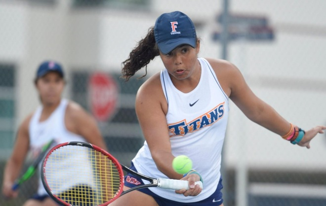 Titans Rolls Past Youngstown State