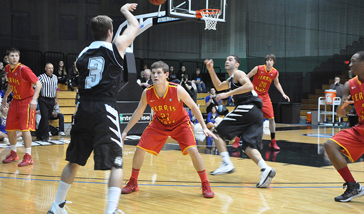 Slow Start Too Much For Ferris State To Overcome In Rivalry Road Setback