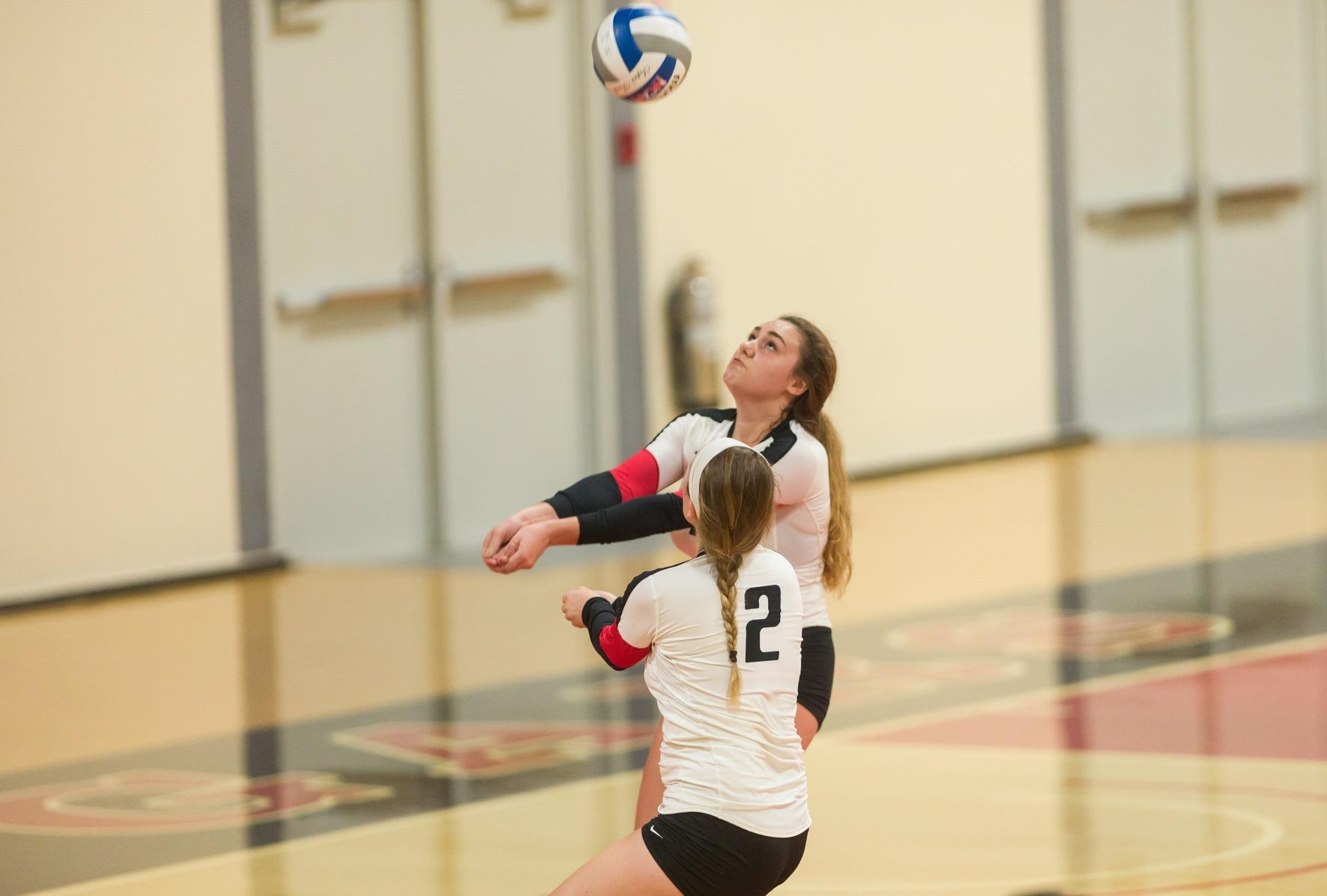 Volleyball Shuts Down Amherst, 3-1