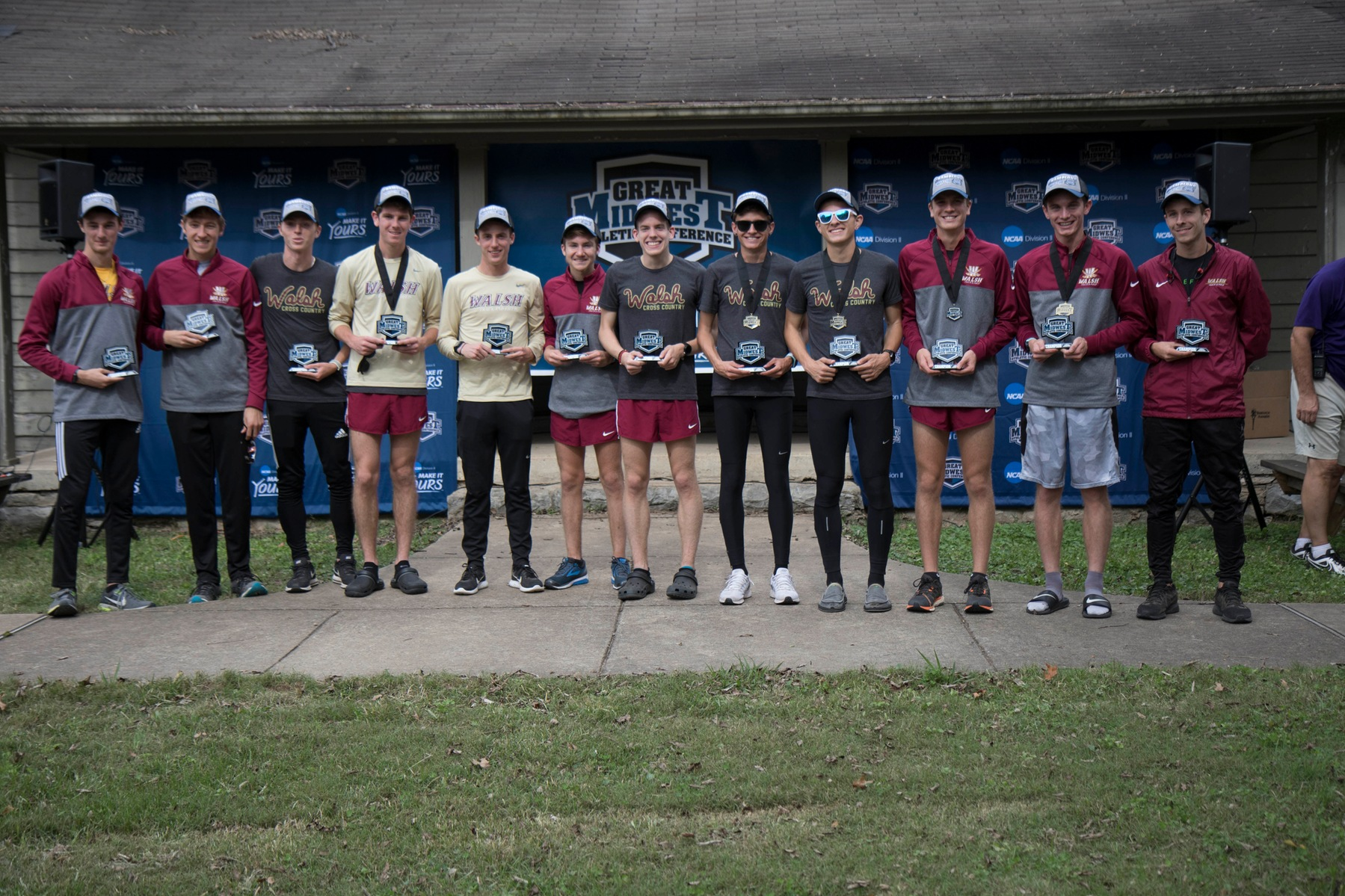 Men's XC Wins G-MAC Championship; Mizicko Named Coach of the Year