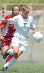 Women's Soccer Opens 2005 Season at Titan Stadium