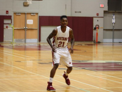Men's Basketball: Mustangs Clinch Win Against Buccaneers