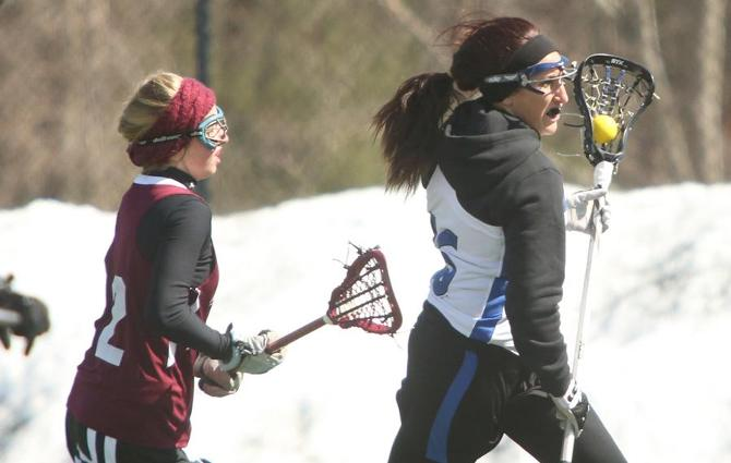 Women's Lacrosse: Hawks Clipped By Chargers, 15-7