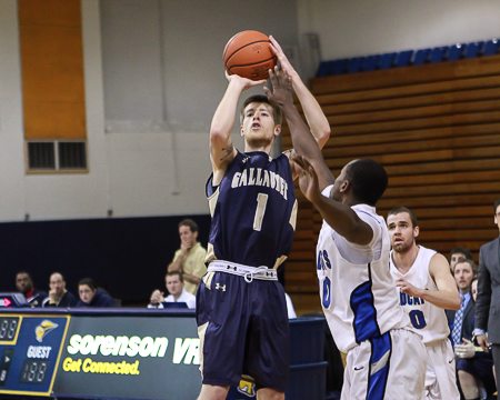 Layton Seeber joins the 1,000-point club as Gallaudet defeats SUNY Cobleskill