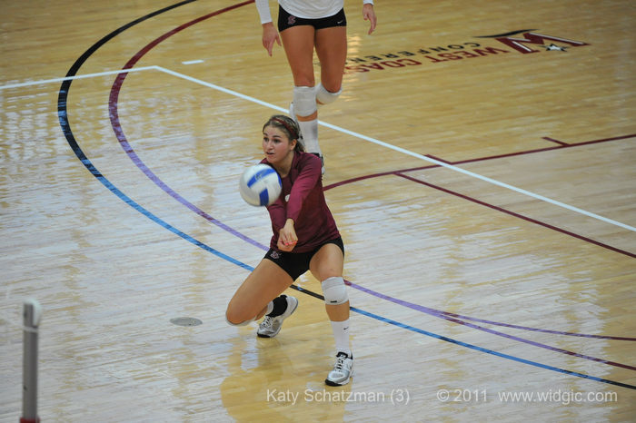 Schatzman Named Tournament MVP As Bronco Volleyball Wins First Tournament of the Year In Illinois
