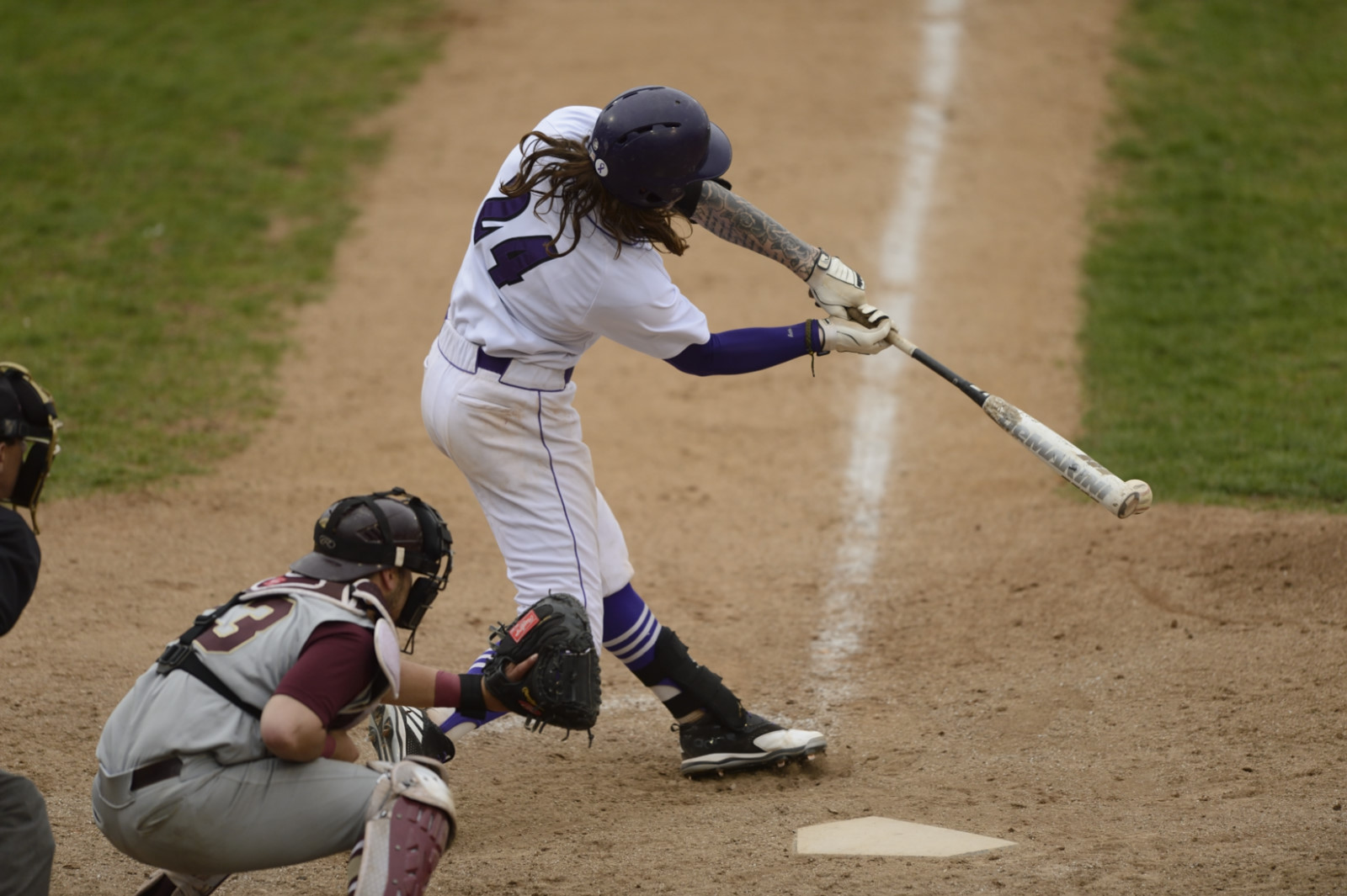 Purple Knights Nipped By Queens (N.Y.), 5-4, In ECC Baseball Action