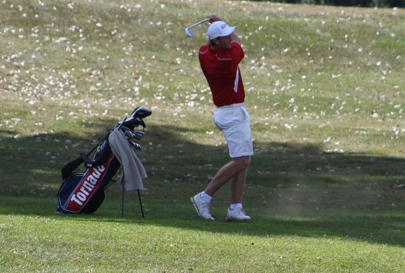 King in 9th after first round of Southeast Region Preview