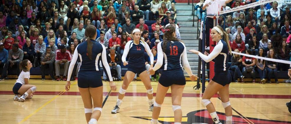 Sweep Over Missouri S&T Gives Volleyball Split on Day Two at Crossover Challenge