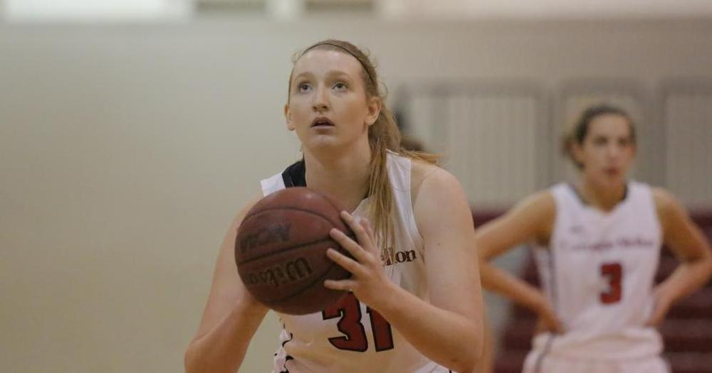 Murphy Scores 1,000th Point, Leads Tartans Past W&J, 95-63