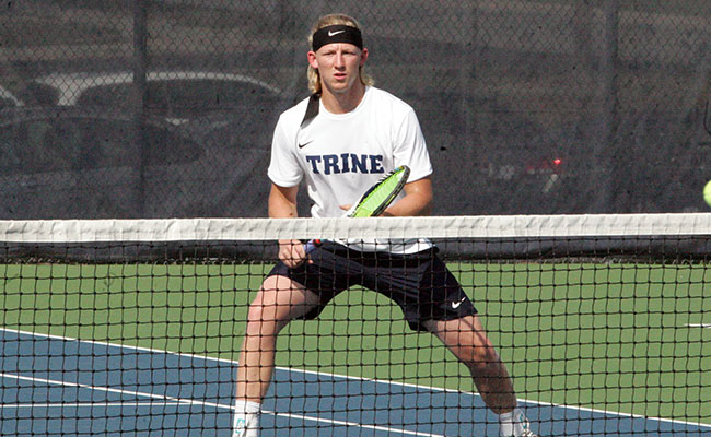 Men's Tennis Tripped Up by Carthage