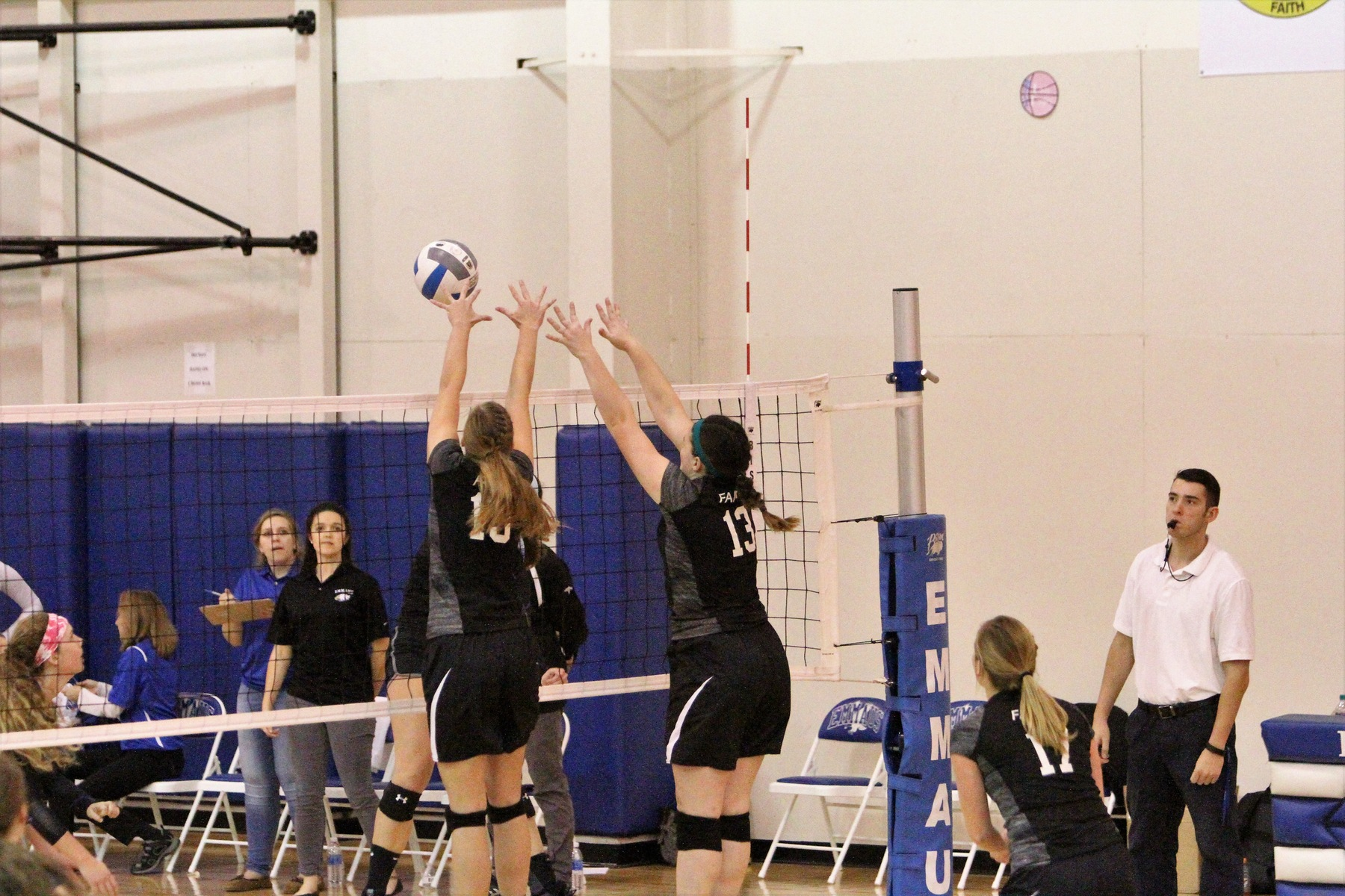 Faith Volleyball Reaches Conference Championship