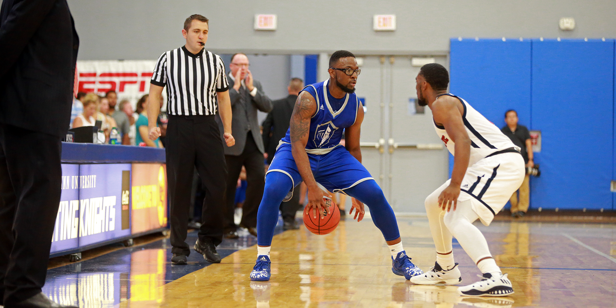 Solid Shooting Guides Men's Basketball to Holiday Classic Victory