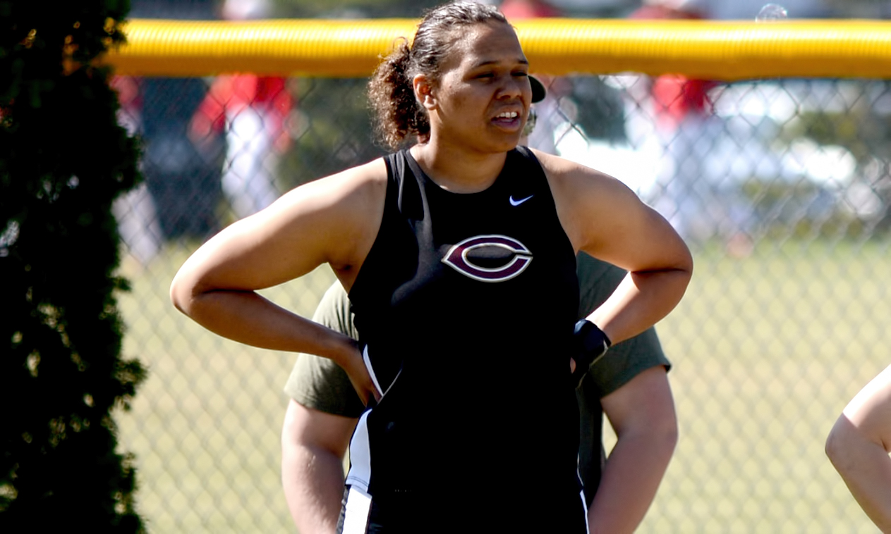 Senior Ashley Thompson recorded the first event win of her collegiate career as she unleashed a personal best distance in the shot put at the Ole Open.