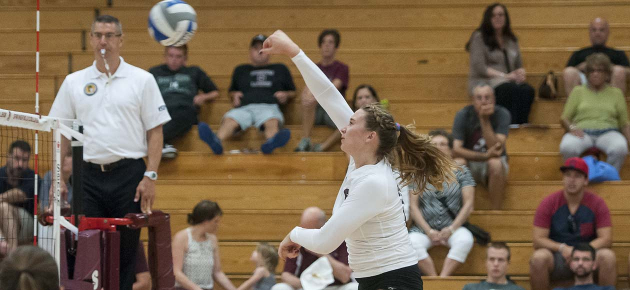 Women's Volleyball Knocks Off Tufts In Straight Sets