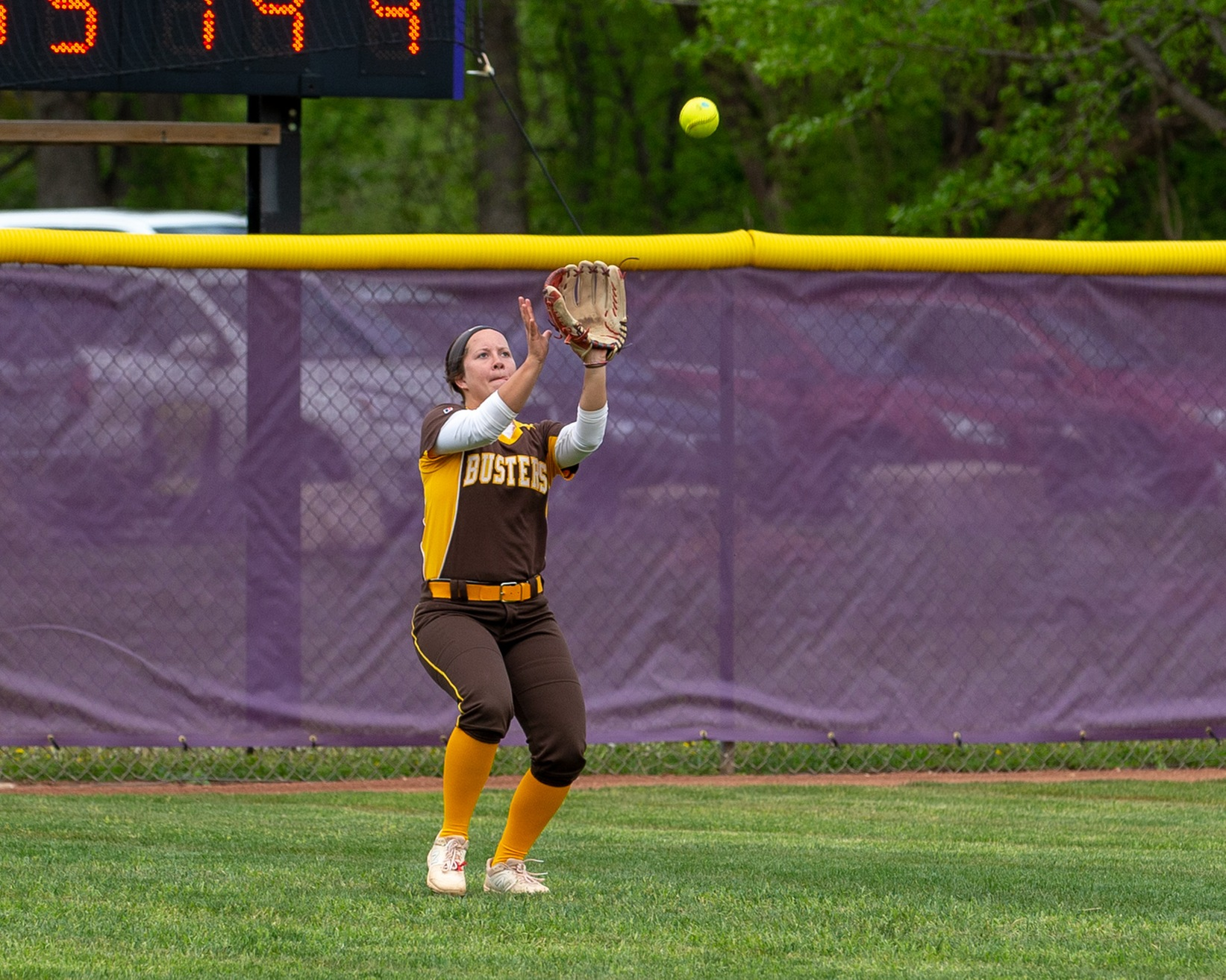 Garden City blows by Independence in game 1
