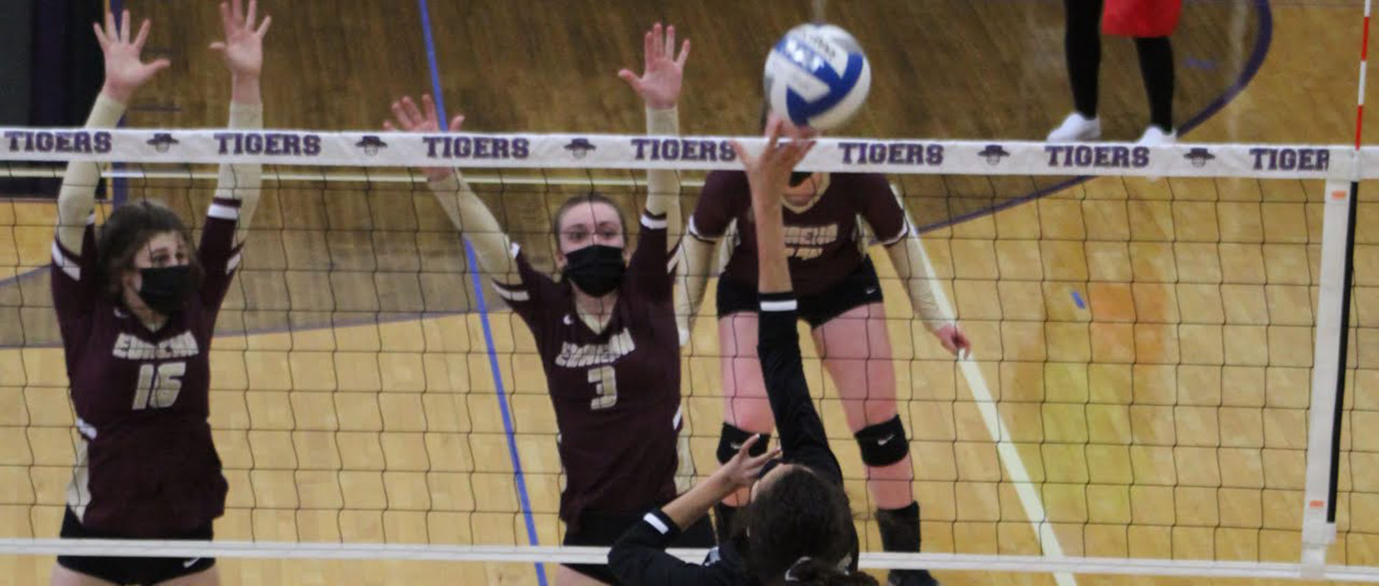 With Power and Speed, Greenville Sweeps EC Volleyball, 3-0