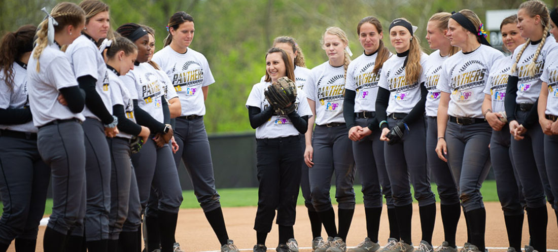 Softball Raises $2,300 in Support of the Friends of Jaclyn Foundation