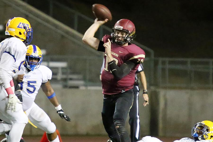 Football Offense Finds Groove In 42-14 Win Over LASW