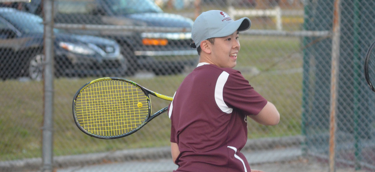 Men's Tennis Delivers 5-2 Victory At Clark